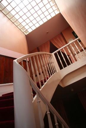 image de l'entrèe de l'Hôtel de la Paix à Pamiers